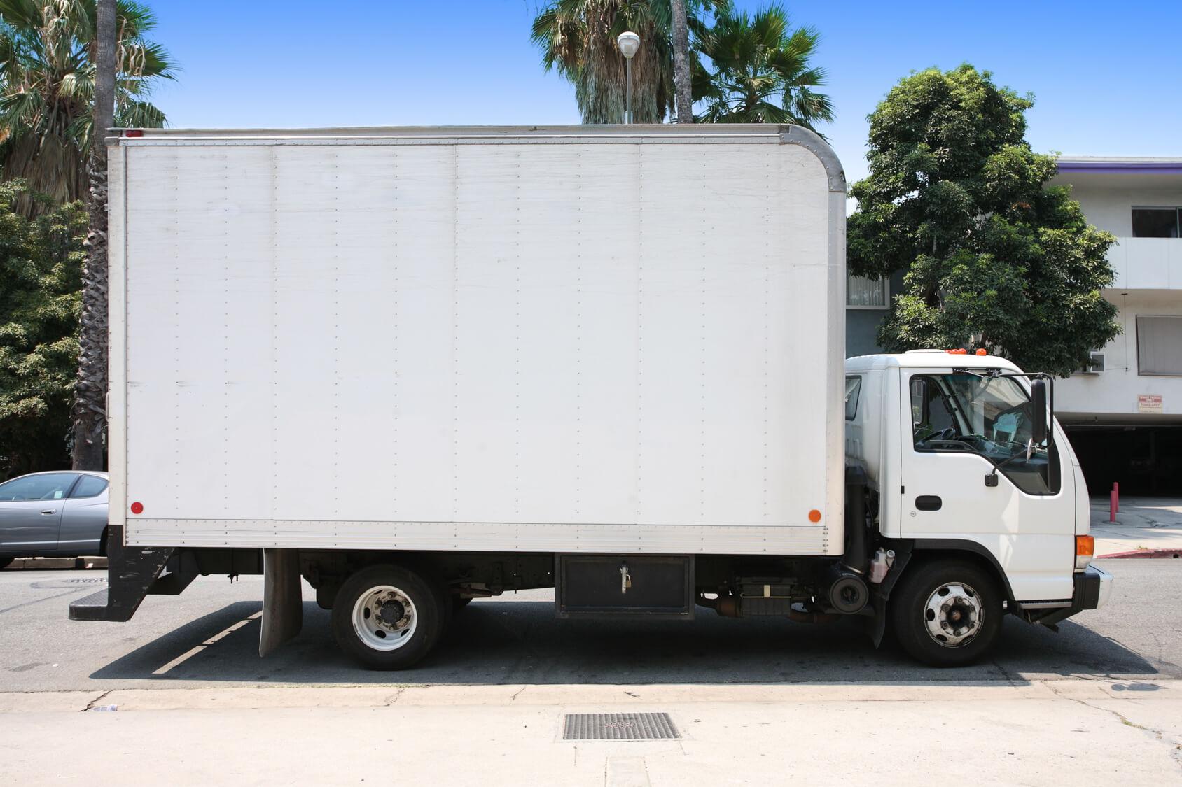 Rental moving trucks deals